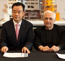 Dr Chau Chak Wing with renowned architect Frank Gehry