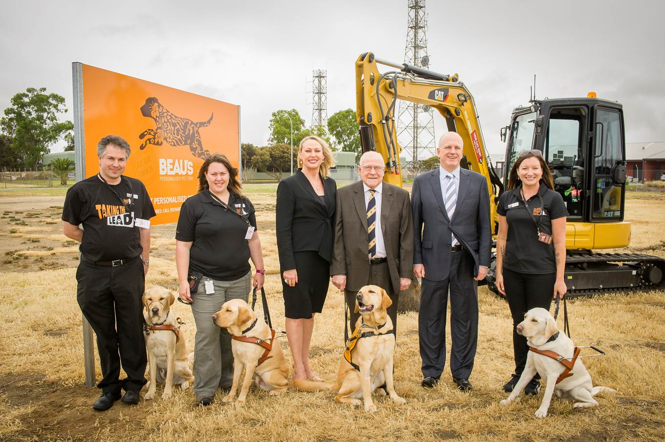Celebrating the ground breaking. Guide Dogs staff with CEO Kate Thiele, Chairman Frank Beauchamp and Chairman Joe Thorp