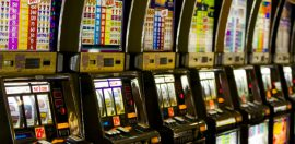 Vic Government Accused of 'Sneaky' Push for Cash Free Pokies Gambling