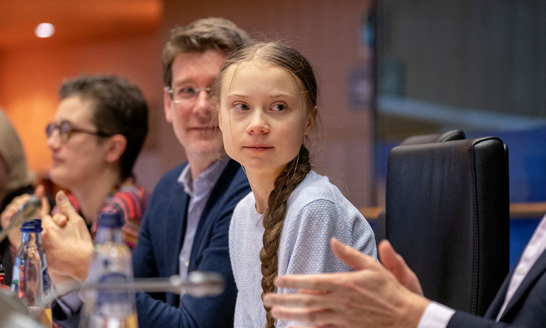 Greta Thunberg urges MEPs to show climate leadership